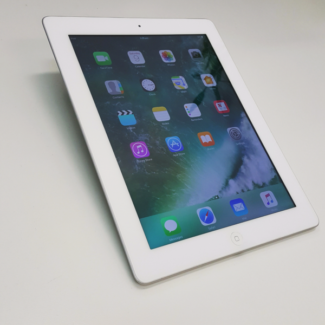 IPAD 4 WIFI ONLY 32GB WITH TAX INVOICE AND CABLE