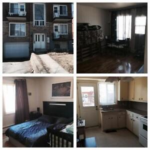 VSL 31/2 in upper fourplex for rent