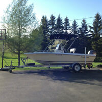 Centre console boat 18ft with 90HP Yamaha and trailer, A1 cond!