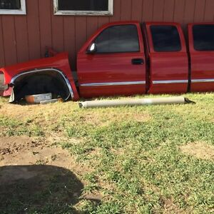 For sale parts for a 2000  Gmc. Truck