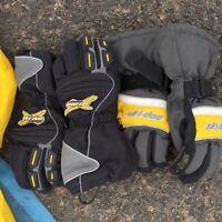 Boys skidoo gloves