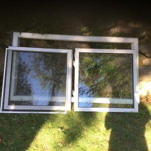 Fenêtres coulissantes à vendre