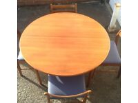 Retro70s/80s table and chairs
