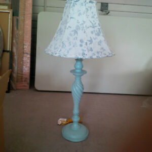 KIDS BEDROOM LAMP