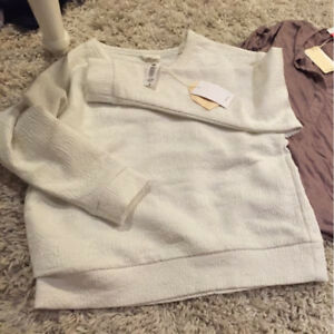Brand new with tags Aritzia long sleeve top