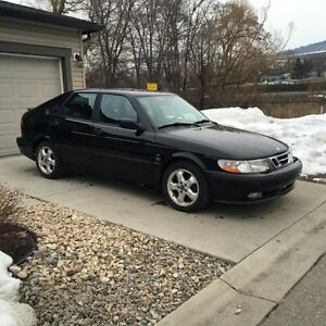 2001 Saab 9-3 2.0l turbo, low km!