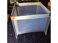 Hauck dream and play travel cot/play pen