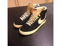 Nike high top trainers, black size 6
