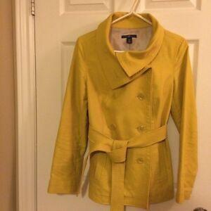 GAP Trench style coat (S) St. John's Newfoundland image 2