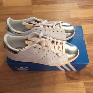 Adidas Stan Smith silver metallic size 8.5 London Ontario image 2