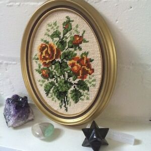 Cross stitch flower in frames West Island Greater Montréal image 5
