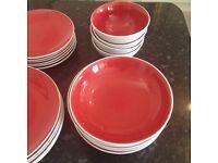 £250 Kitchen Set - Debenhams Dishware, Pans, Glasses, Coffee Cups, Toaster, Kettle, Le Cruset etc