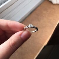 French Twist Promise Ring - SIZE 6