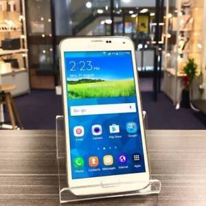 Good condition Galaxy S5 White 16G Unlocked with charger Invoice
