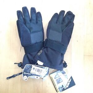 Snowboarding gloves with wrist protectors, youth size M
