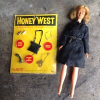 1965 Gilbert Honey West Figure And Accessories