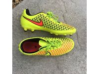 Nike Magista Football Boots-Hyper Yellow size 7