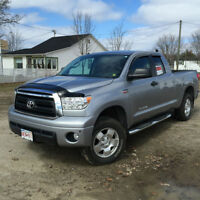 2013 Toyota Tundra LOADED V8 5,7 Pickup Truck
