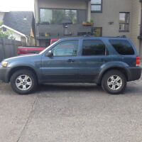 2006 Ford Escape XLT V6 SUV, Crossover, Leather Interior