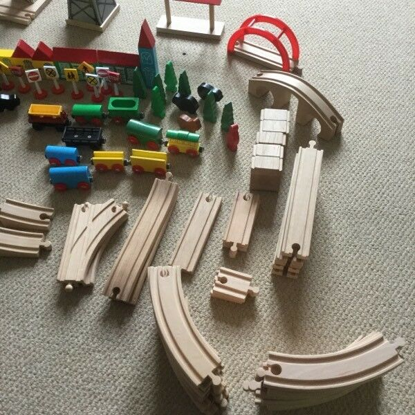 100+ piece BRIO wooden train set, Thomas the Tank Engine & lots of accessories