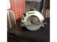 Dewalt 1050w circular rip snorter saw