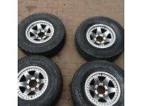 Mitsubishi shogun/pajero mk2 alloys with tyres