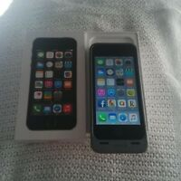 Apple iPhone 5S - Bell ( Christmas is coming soon !!! )