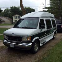 FORD Econoline Camper Van - Weekender Edition - LOW KM's