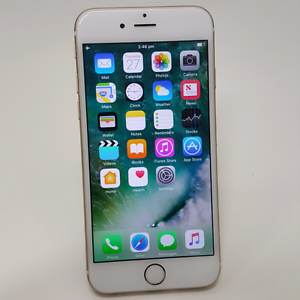 AS NEW IPHONE 6 64GB GOLD SILVER SPACE GRAY AND CABLE Southport Gold Coast City Preview