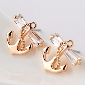 Pair of Chic Zircon Decoarated Anchor Shape Stud Earrings