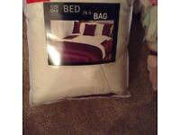 Double bed quilt set