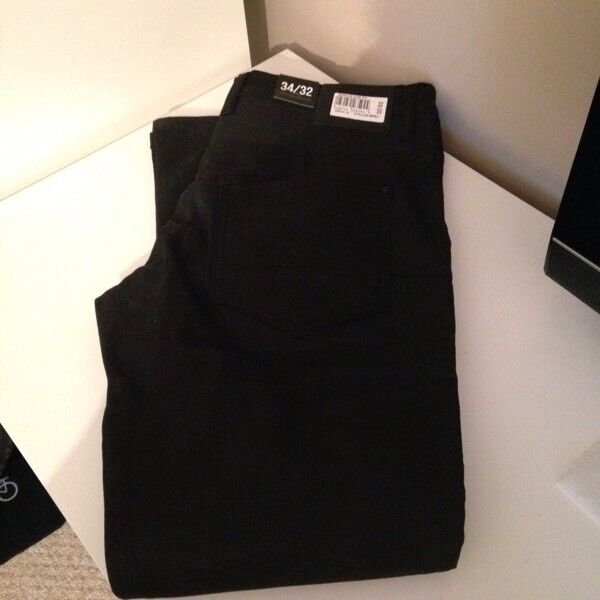 New Men's black jeans from jd sports size 34w 32L