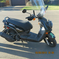 2009 Yamaha BWS motor scooter for sale
