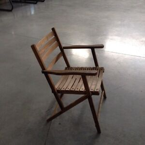 Vintage Wooden chair - Excellent Condition! London Ontario image 2