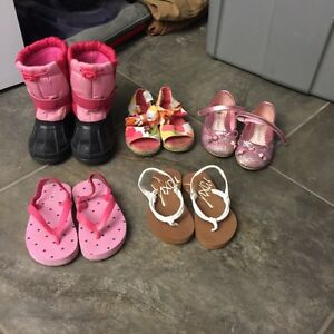 Size 6&7 toddler shoes. All for $5!!