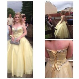 Lovely pale lemon prom dress worn once size 10