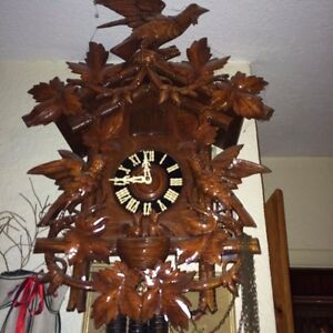 Hard to find Large Black Forest Cuckoo Clock