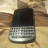 UNLOCKED BlackBerry Q10 black mint condition