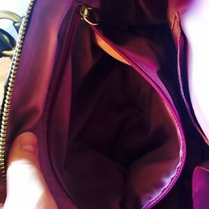 Brown Coach Purse in Great Condition  Cambridge Kitchener Area image 5