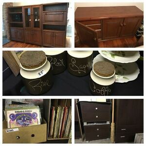 MOVING / GARAGE SALE Minto Campbelltown Area Preview