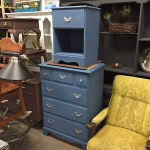 Selling Beautiful ReFinished Night Stands  London Ontario image 5