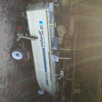 Sprinbok with Centre Counsel 2012 90 Horse E Tech Evinrude Motor