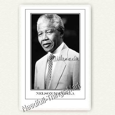 Nelson Mandela (1918–2013) - Autogrammfotokarte / Autograph 10x15cm [A02] 