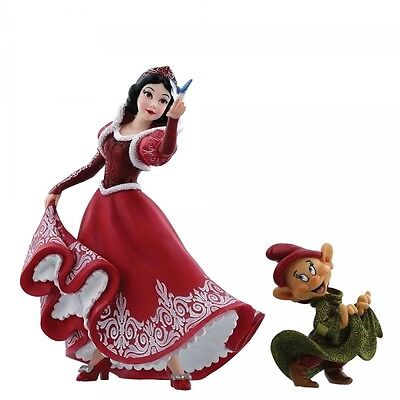 Couture de Force Disney Showcase Princess Snow White & Dopey Figurine Christmas!