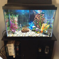 25 gallons Aquarium with stand for sale or trade