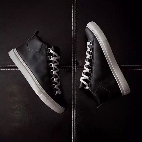 e2f356afa2c1 New season black and rely balenciaga arena sneakers