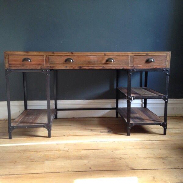 Amazing vintage style desk