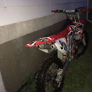 2007 CRF250R WITH UNDER 60 HOURS!!! Kingston Kingston Area image 2