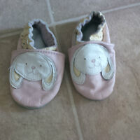 Baby Robeez Soft Leather Shoe_size 0-6 mos