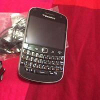 Blackberry bold 9900 for sale